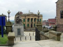 Oldham,View of War Memorial and The Old Town Hall, Lancashire © Stanley Walker